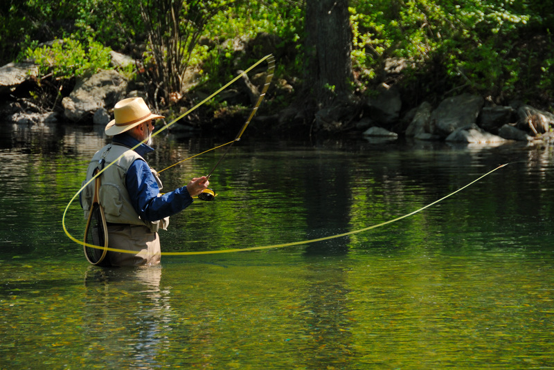 fly_fishing_on_the_swift_river